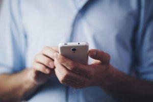 Mi abogado no me devuleve las llamadas o mensajes de correo electrónico. ¿Qué debo hacer?